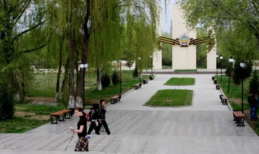Набережная Талдыкоргана - это тоже наш город: свалкам - бой!, фото-7