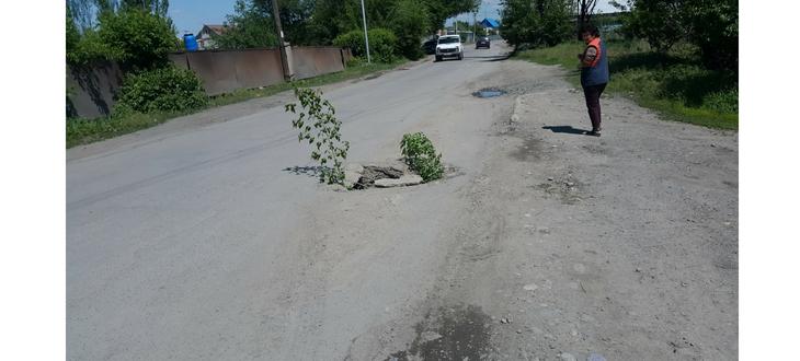 На дорогах Талдыкоргана глубокие ямы, фото-3