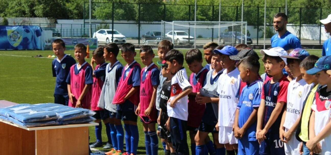 """На Центральном стадионе """"Жетысу"""" в Талдыкоргане прошел фестиваль футбола, фото-4"""