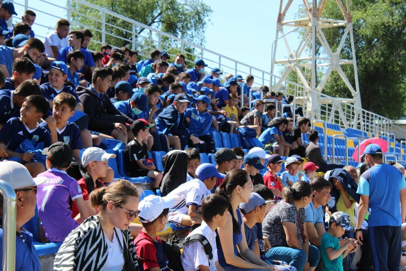 """На Центральном стадионе """"Жетысу"""" в Талдыкоргане прошел фестиваль футбола, фото-2"""