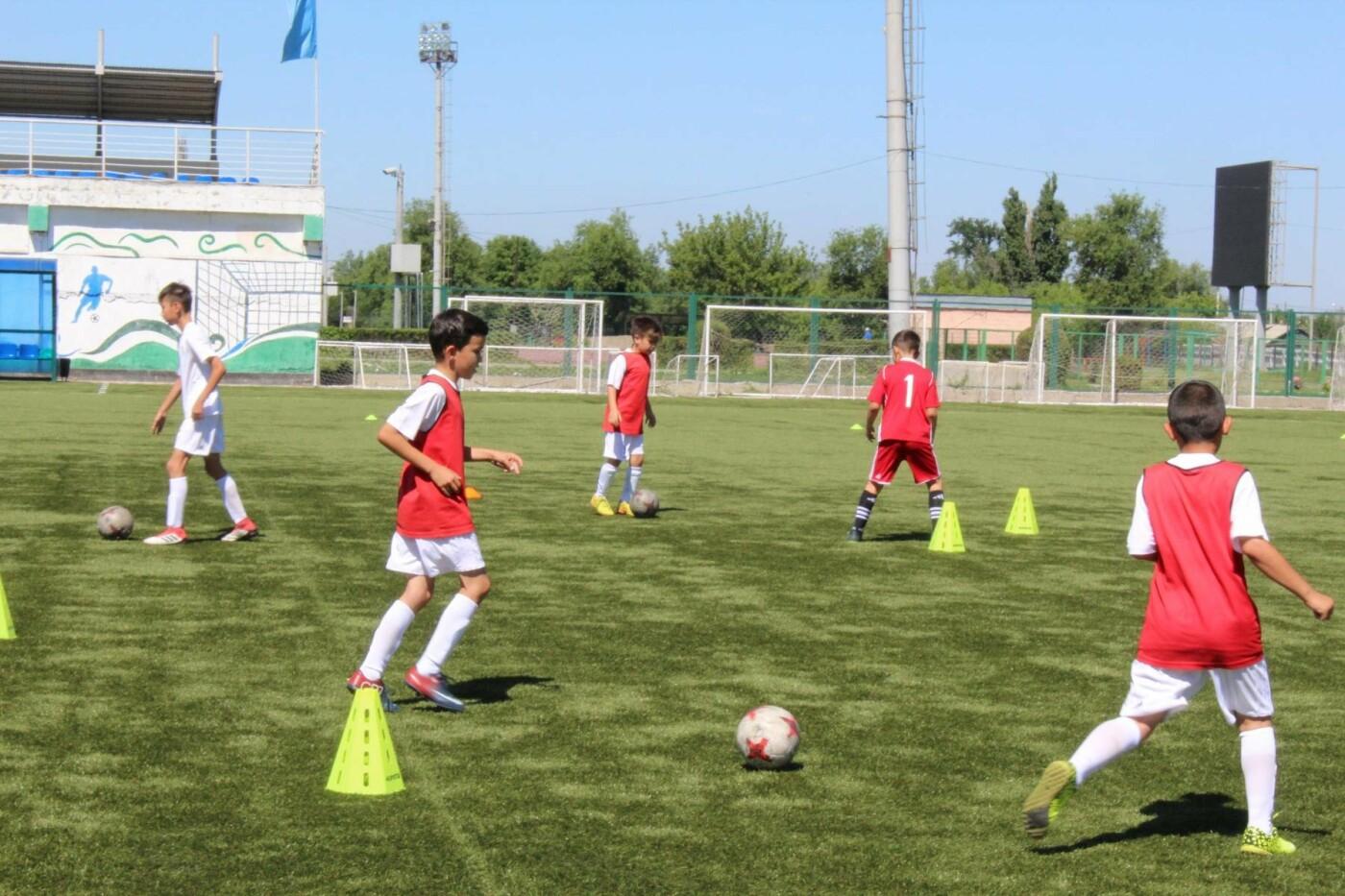 """На Центральном стадионе """"Жетысу"""" в Талдыкоргане прошел фестиваль футбола, фото-3"""