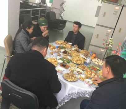 """Банк """"Центр Кредит"""" в Талдыкоргане поздравил клиентов с праздником Наурыз, фото-2"""