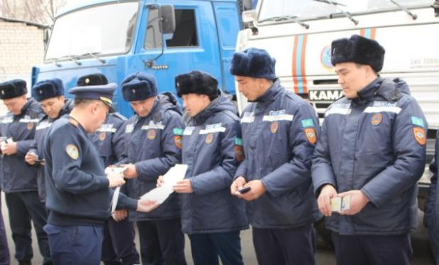 На помощь в ВКО, в связи с паводками, отправились спасатели Семиречья, фото-1